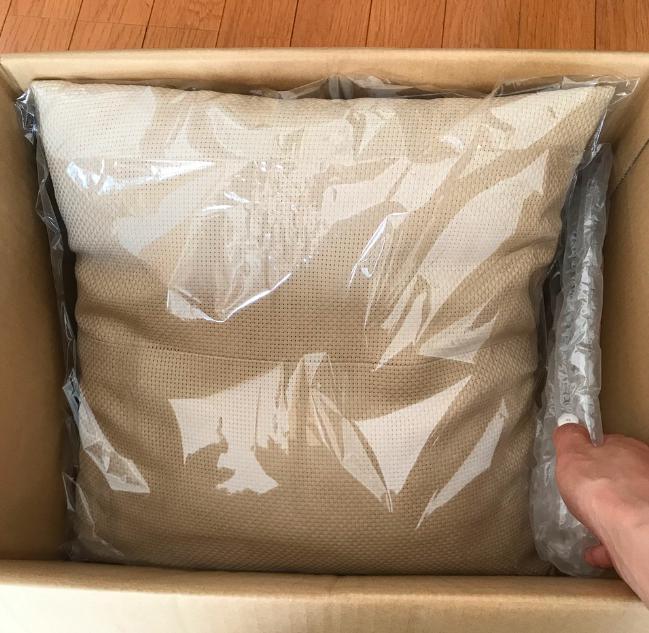 クッションの梱包方法4