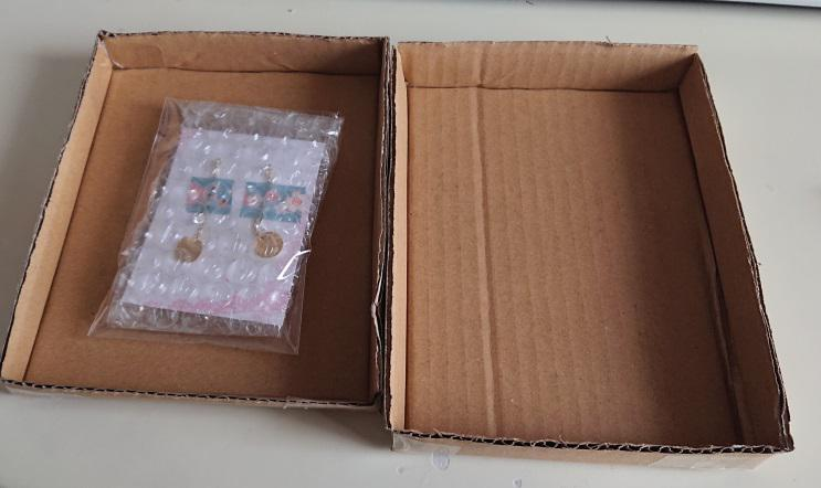 ピアスの梱包箱の作り方6