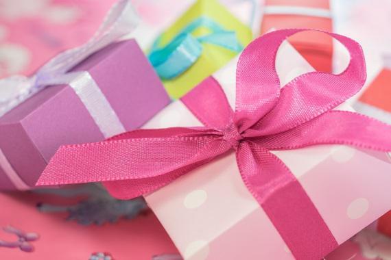 ピアスの梱包箱のプレゼント