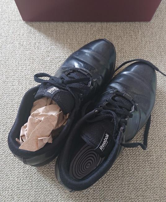 スニーカーの梱包方法2