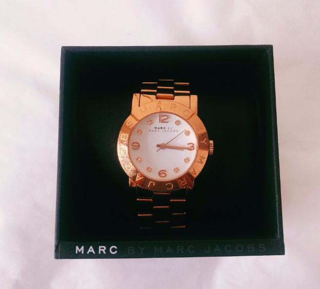 箱ありの腕時計の梱包方法10