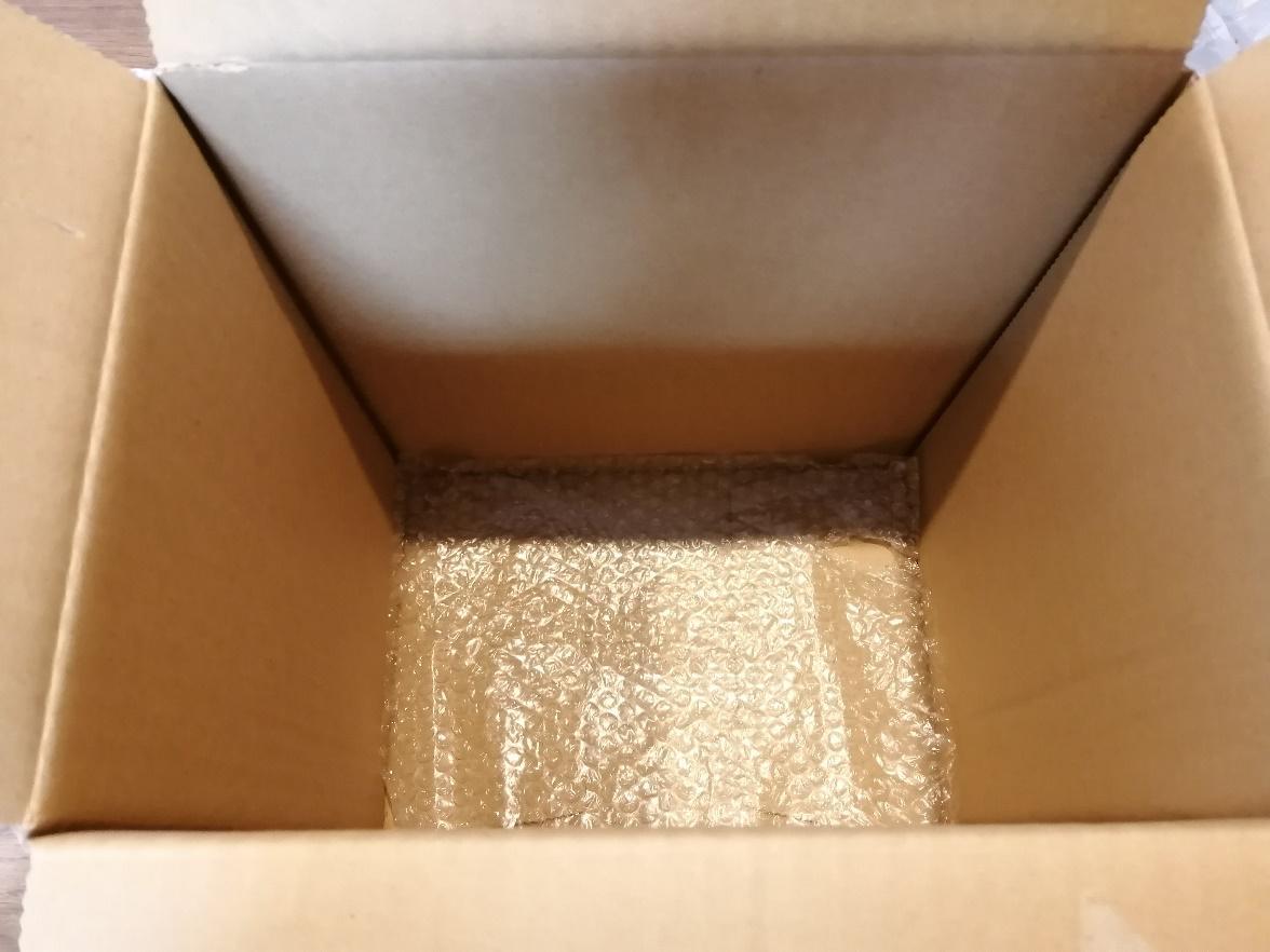 電気ケトルの梱包方法10