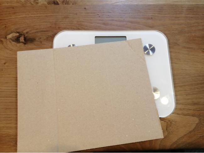 体重計の梱包方法4