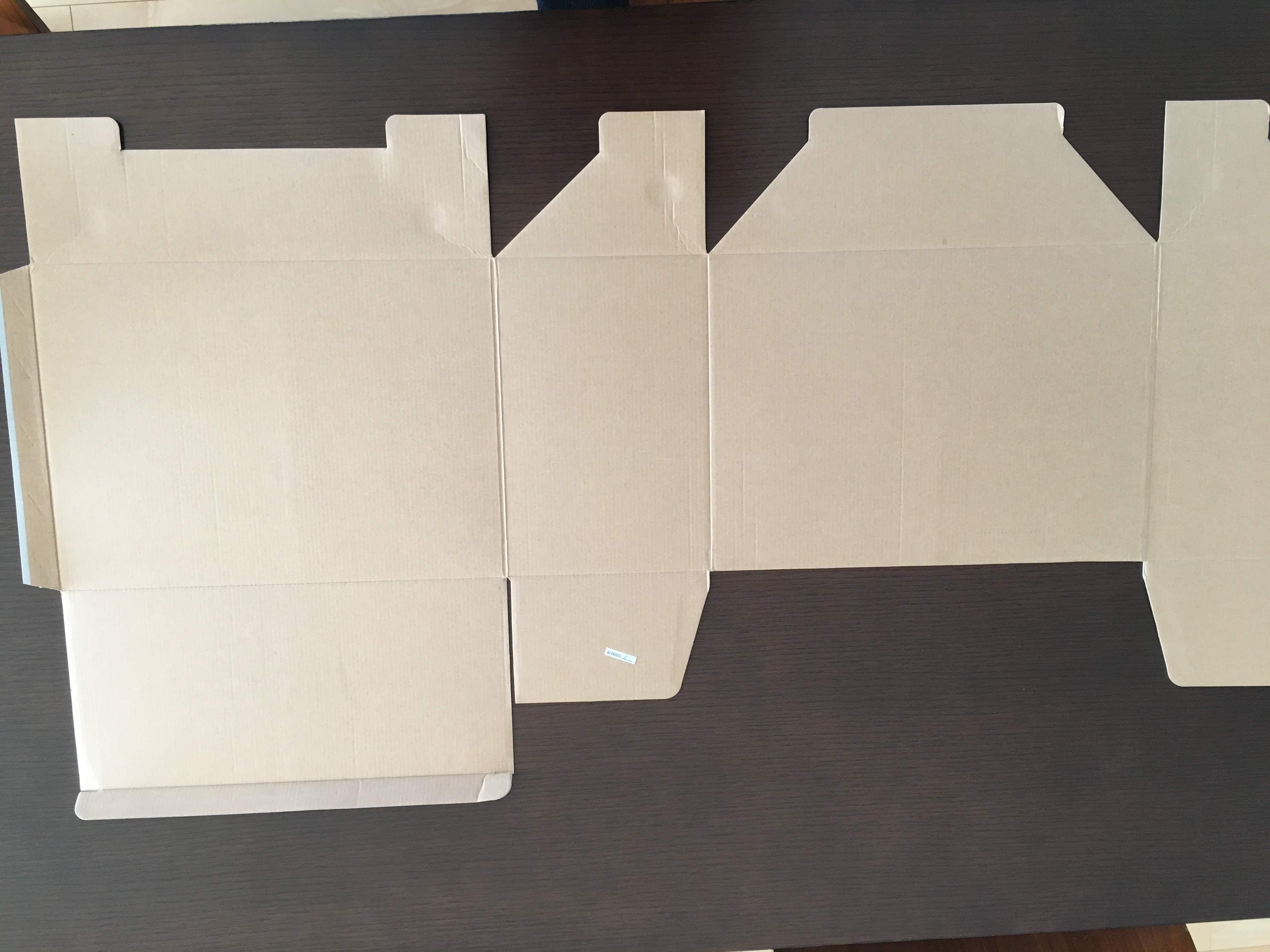 ポスターの梱包方法12