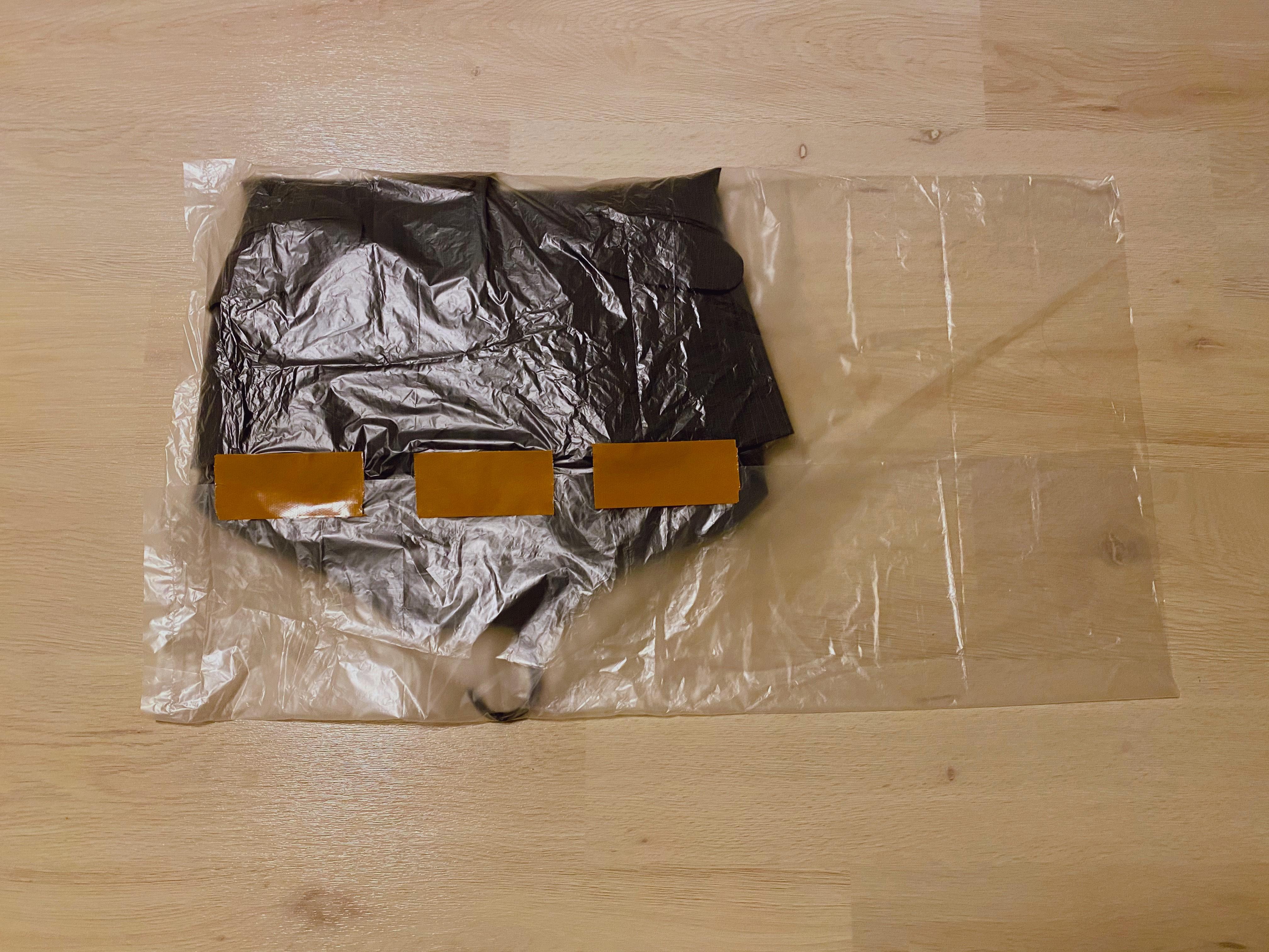 スーツの梱包18