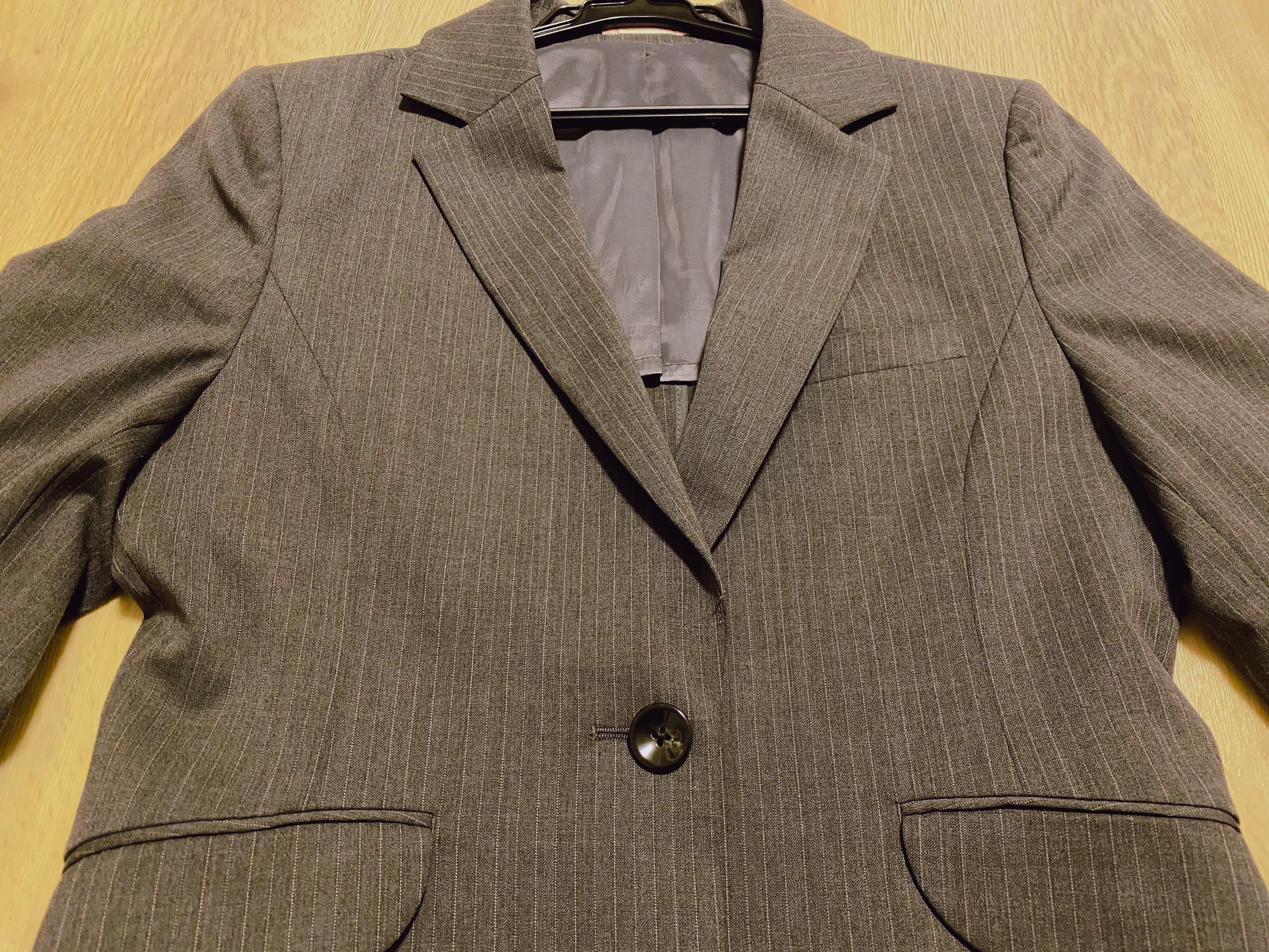 スーツの梱包3