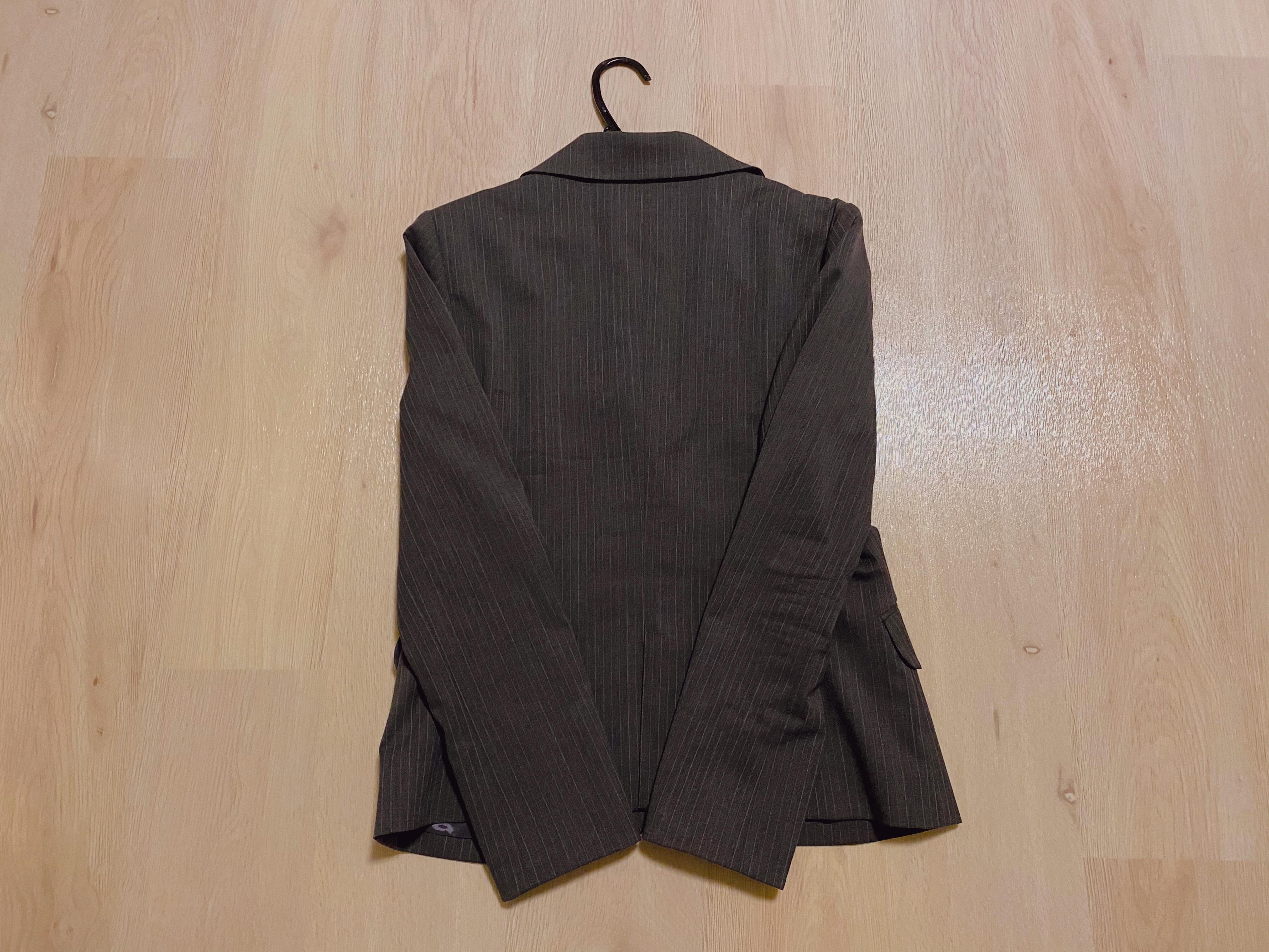 スーツの梱包6